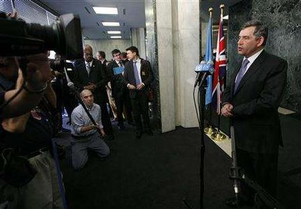 Britain's Prime Minister Gordon Brown answers questions from journalists at the United Nations headquarters in New York, July 31, 2007. The first U.N. special session on climate change focused on the world's rich countries on Tuesday, as policy-makers urged long-standing polluters to shoulder much of the burden for cutting greenhouse gases. REUTERS/Chip East