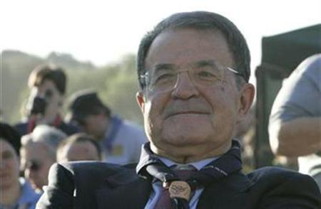 Italy's Prime Minister Romano Prodi attends celebrations for the first century anniversary of the scouts foundation at the Circo Massimo in Rome August 1, 2007. Prodi said on Sunday there was a need for dialogue with Hamas to help the Palestinian Islamist group develop politically. REUTERS/ Dario Pignatelli
