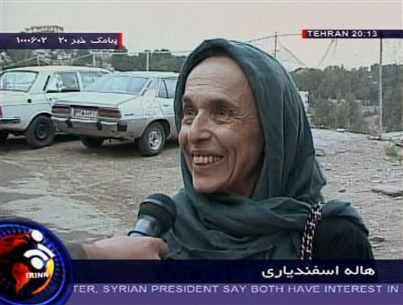 U.S.-Iranian academic Haleh Esfandiari speaks to an Iranian reporter after she was released on bail in Tehran in this image taken from video footage released on August 21, 2007. REUTERS/IRINN TV via Reuters TV