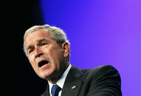 U.S. President George W. Bush delivers remarks to the Veterans of Foreign Wars National Convention in Kansas City, Missouri, August 22, 2007. Bush, faced with growing calls to start withdrawing U.S. troops from Iraq, pleaded with Americans on Saturday for patience and cited progress in the past two months. REUTERS/Jim Young