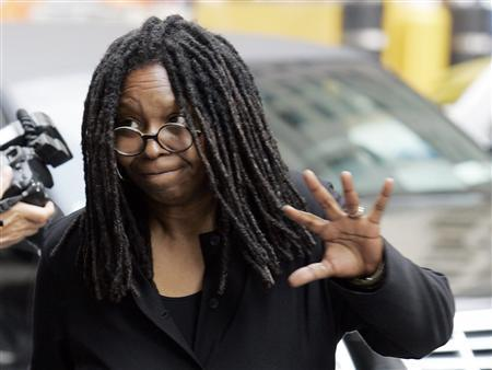 Whoopi Goldberg arrives at the funeral service for New York socialite and philanthropist Brooke Astor at St. Thomas Church in New York August 17, 2007. Goldberg drew a scathing rebuke from animal rights activists on Tuesday for defending U.S. football star Michael Vick's role in dogfighting during her debut on ABC's talk show ''The View.'' REUTERS/Jeff Zelevansky