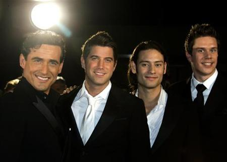 Popera hampers search for great tenors reuters - Il divo meaning ...