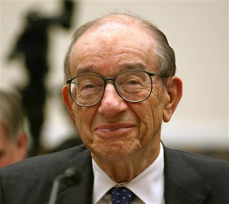 Former Federal Reserve Chairman Alan Greenspan testifies on Capitol Hill, November 3, 2005. Greenspan said he was late to see the storm gathering around U.S. mortgage lending practices and commended his successor Ben Bernanke's handling of the crisis, saying he would likely be responding in a similar fashion. REUTERS/Yuri Gripas/Files