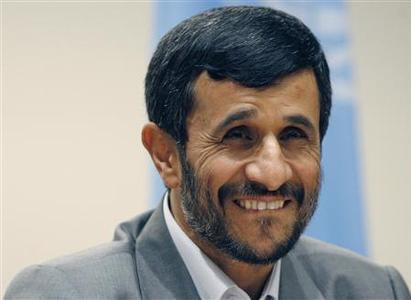 Iran's President Mahmoud Ahmadinejad smiles during a news conference after addressing the 62nd United Nations General Assembly at the U.N. headquarters in New York, September 25, 2007. REUTERS/Eric Thayer