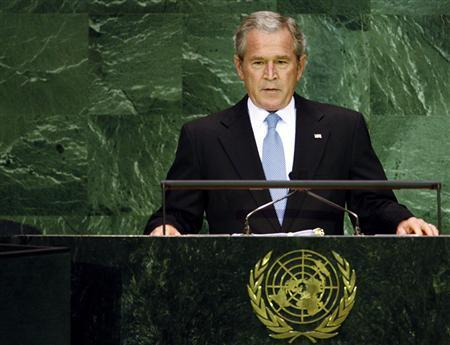 U.S. President George W. Bush prepares to begin his address to the 62nd United Nations General Assembly at the U.N. headquarters in New York, September 25, 2007. A federal judge on Monday tossed out part of a 2001 order by President George W. Bush that lets former presidents keep some of their presidential papers secret indefinitely. REUTERS/Mike Segar