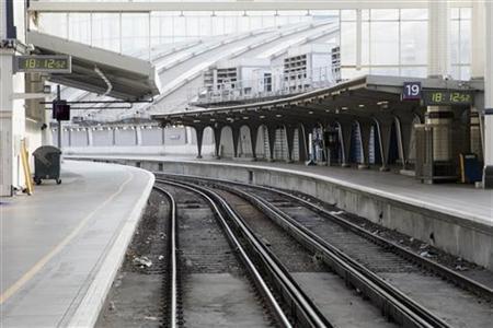 Waterloo station reopens after alarm reuters for 97 the terrace ocean grove