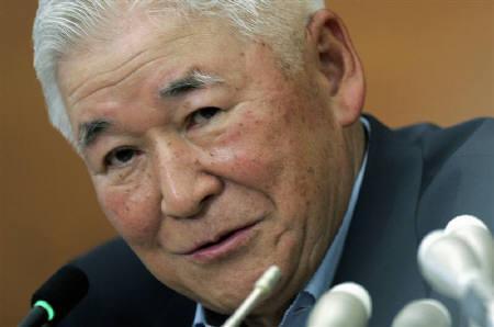 10月5日、市場関係者の間では、日銀が次回金融政策決定会合で政策金利を据え置く公算が大きいとの声が。写真は福井日銀総裁。8月撮影(2007年 ロイター/Yuriko Nakao)