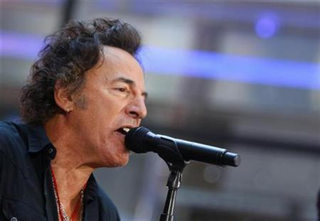 File photo shows Bruce Springsteen performing with the E Street Band on NBC's ''Today'' show in New York, September 28, 2007. Springsteen says he is prepared for criticism from those who may take the lyrics on his latest album ''Magic'' as unpatriotic for speaking out against the Iraq war and President George W. Bush in war time. REUTERS/Brendan McDermid