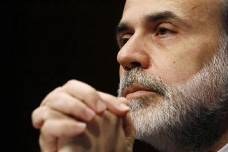 10月15日、FRBのバーナンキ議長は、米金融市場の完全回復には時間がかかるとの認識を示した。1月撮影(2007年 ロイター/Kevin Lamarque)