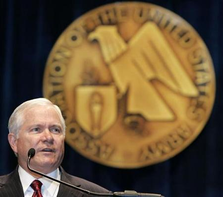 U.S. Secretary of Defense Robert Gates speaks at the Association of the United States Army 2007 annual meeting and exposition at the Washington Convention Center October 10, 2007. Gates said on Monday all options for dealing with Iran must remain open and called for international pressure and tougher sanctions to curb Tehran's nuclear aspirations. REUTERS/Larry Downing