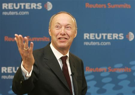 Wolfgang Ruttenstorfer, Chief Executive Officer and Chairman of the Executive Board of OMV, gestures during the Reuters Central European Investment Summit in Vienna October 17, 2007. REUTERS/Herwig Prammer