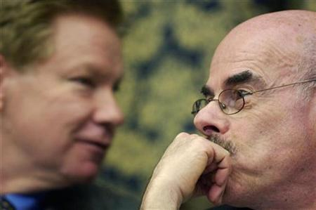 Rep. Henry Waxman (D-CA) (R), Chairman of the House Oversight and Government Reform Committee, and ranking member Rep. Tom Davis (R-VA) (L) on Capitol Hill in Washington, February 6, 2007. Waxman said on Monday that documents obtained by his panel suggest that private security contractor Blackwater USA ''engaged in significant tax evasion.'' REUTERS/Jonathan Ernst