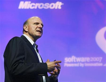 Microsoft Chief Executive Officer Steve Ballmer speaks in Santa Clara, May 9, 2007. Microsoft lifted its full-year forecasts and posted 23 percent quarterly profit growth on Thursday, topping analysts' estimates on strong sales of ''Halo 3'' and Vista, and sending its shares up 11 percent. REUTERS/Lou Dematteis/Microsoft Handout