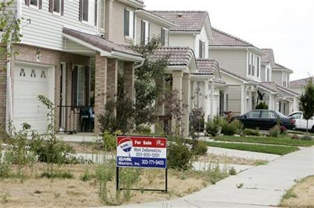 A foreclosed house for sale is pictured in the Green Valley Ranch development in Denver, Colorado July 26, 2007. The impact of the U.S. mortgage market crisis on the underlying economy could be ''dramatic'' as leveraged investors may need to scale back lending by up to $2 trillion, according to investment bank Goldman Sachs. REUTERS/Rick Wilking