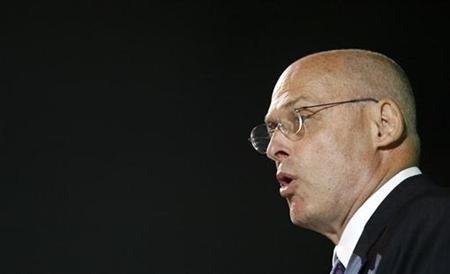 United States Treasury Secretary Henry Paulson addresses delegates attending the Corporate Council on Africa at the U.S.-Africa Summit meeting in Cape Town, November 16, 2007. Paulson said the number of potential U.S. home-loan defaults ''will be significantly bigger'' in 2008 than in 2007, the Wall Street Journal's online edition reported. REUTERS/Mike Hutchings