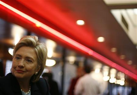 Democratic presidential candidate Senator Hillary Clinton (D-NY) smiles during a campaign stop at the Drake Diner in Des Moines, Iowa, November 19, 2007. REUTERS/Shannon Stapleton