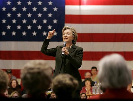 Democratic presidential candidate Senator Hillary Clinton (D-NY) speaks to supporters during a campaign rally in Perry, Iowa November 25, 2007. REUTERS/Carlos Barria