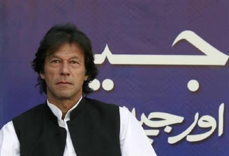 Pakistani cricketer-turned-politician Imran Khan is seen in Islamabad in this November 23, 2007 file photo. Former prime minister Benazir Bhutto is betraying Pakistan by not joining an election boycott that Khan said on Saturday was key to ousting President Pervez Musharraf. REUTERS/Mian Khursheed