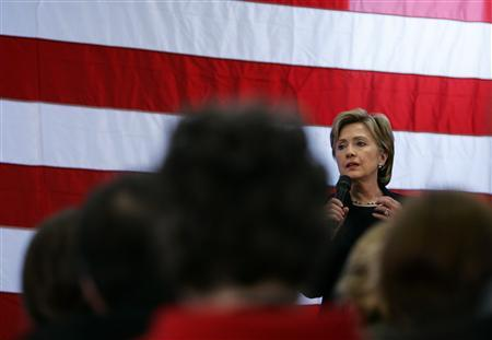 Democratic presidential candidate Senator Hillary Clinton (D-NY) speaks to supporters during a campaign rally stop in Cedar Rapids, Iowa, December 2, 2007. REUTERS/Carlos Barria
