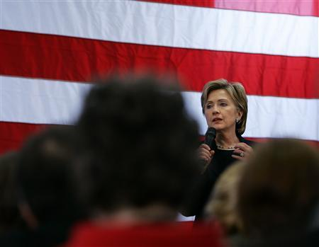 Democratic presidential candidate Senator Hillary Clinton (D-NY) speaks to supporters during a campaign rally stop in Cedar Rapids, Iowa December 2, 2007. REUTERS/Carlos Barria