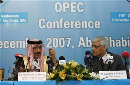 United Arab Emirates' Oil Minister Mohammed bin Dhaen al-Hamli (L) and OPEC Secretary-General Abdullah al-Badri speak during a news conference at the end of the 146th meeting of the OPEC conference in Abu Dhabi December 5, 2007. OPEC said on Friday there were risks an economic slowdown could worsen in 2008 and forecast that weaker growth and easing political tension could take the heat out of near-record oil prices. REUTERS/Ahmed Jadallah