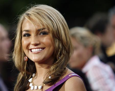Actress Jamie Lynn Spears arrives at a premiere in Los Angeles in this July 17, 2006 file photo. REUTERS/Mario Anzuoni