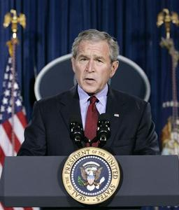 U.S. President George W. Bush speaks about the death of Pakistani opposition leader Benazir Bhutto at his ranch in Crawford, Texas, December 27, 2007. Bush strongly condemned the assassination on Thursday of Pakistani opposition leader Benazir Bhutto, urging her killers be brought to justice. REUTERS/Larry Downing