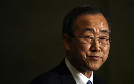 U.N. Secretary General Ban Ki-moon briefs reporters after speaking to the U.S. Chamber of Commerce's Institute for 21st Century Energy in Washington October 11, 2007. REUTERS/Kevin Lamarque