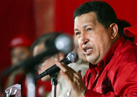 File photo shows Venezuelan President Hugo Chavez talking during a PSUV Venezuela's United Socialist Party meeting in Caracas January 11, 2008. REUTERS/Miraflores Palace/Handout