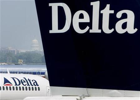 Delta jets in a file photo. Delta Air Lines has started merger talks with UAL Corp.'s United Airlines and Northwest Airlines, and hopes to negotiate an agreement with one of them in the next two weeks, The Wall Street Journal reported on Tuesday. REUTERS/Larry Downing