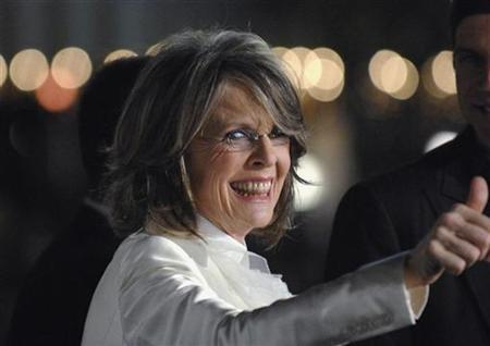 Diane Keaton arrives to attends the premiere of the film ''Mad Money'' in Los Angeles January 9, 2008. The nation's top TV regulator said it would be difficult for the Federal Communications Commission to take action against ABC stations that aired ''Good Morning America'' on Tuesday when actress Diane Keaton used the f-word. REUTERS/Phil McCarten