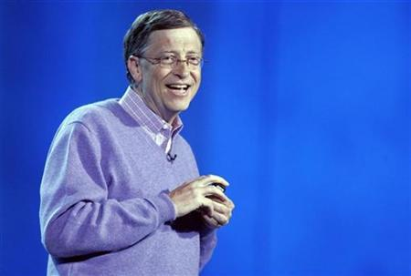 Bill Gates delivers a keynote address for the Consumer Electronics Show in Las Vegas, Nevada, January 6, 2008. REUTERS/Steve Marcus