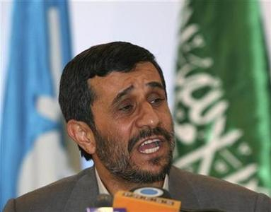 Iran's President Mahmoud Ahmadinejad during a news conference in Riyadh, November 18, 2007. Iranian leaders vowed on Wednesday to press on with Tehran's disputed nuclear work regardless of any new U.N. sanctions, one day after world powers agreed the outline of a new resolution. REUTERS/Susan Baaghil