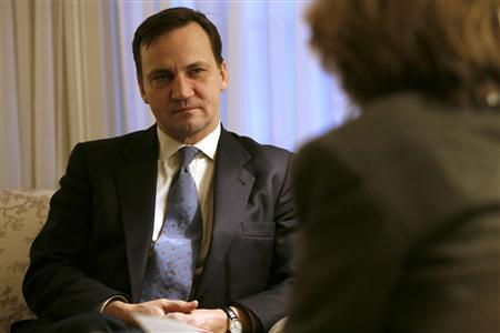 Poland's Foreign Minister Radoslaw Sikorski takes a question during an interview with a reporter from Reuters during his visit to Washington January 31, 2008. REUTERS/Kevin Lamarque