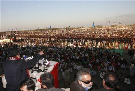 Asif Ali Zardari, husband of slain opposition leader Benazir Bhutto, addresses an election rally in Thatta February 9, 2008. The strength of a sympathy vote for assassinated Pakistani opposition leader Benazir Bhutto in the country's biggest province is likely to determine the result of a general election on February 18. REUTERS/Athar Hussain
