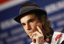<p>Daniel Day-Lewis durante la conferenza stampa di presentazione di 'There Will Be Blood'. REUTERS/Johannes Eisele (GERMANY)</p>