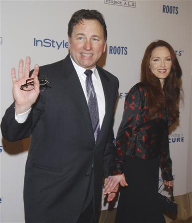 Actor John Ritter and wife Amy Yasbeck are pictured in this April 14, 2003 file photograph in Beverly Hills. Ritter died September 11, 2003. Opening statements in a $67 million wrongful death lawsuit brought against two doctors who treated Ritter took place at the Los Angeles Superior Court in Glendale, California February 11, 2008. REUTERS/Jim Ruymen/Files