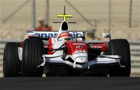 Toyota's Formula One driver Jarno Trulli of Italy drives during a training session at the Bahrain International Circuit in Sakhir, 30km (18.6 miles) south of Manama, February 11, 2008. REUTERS/Hamad I Mohammed