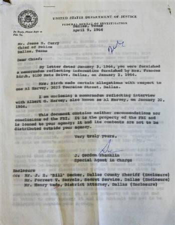 A letter dated April 1964 from the FBI to Dallas chief of Police Jesse Curry was presented by Dallas County district attorney Craig Watkins at a news conference in the Frank Crowley Courts Building in Dallas, Texas, February 18, 2008. REUTERS/Mike Stone