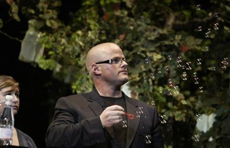 British chef Heston Blumenthal blows ''ideas'' bubbles as part of his presentation in ''The Best of Gastronomy,'' a four day conference of international chefs in San Sebastian November 20, 2006. REUTERS/Vincent West