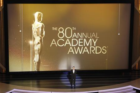 Host Jon Stewart delivers a monologue during the 80th annual Academy Awards, the Oscars, in Hollywood February 24, 2008. REUTERS/Gary Hershorn
