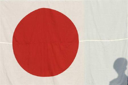 2月27日、山本前金融担当相は日本版SWFの議員立法を早期に提出する意向を示した。写真は昨年7月にハノイで撮影(2008年 ロイター/Kham)