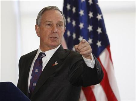 Mayor Michael Bloomberg answers questions at the offices of Google Inc during a meeting with the company's employees in New York, January 31, 2008. REUTERS/Chip East