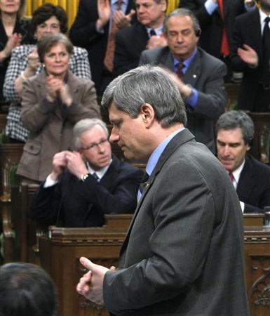 Canada's Prime Minister Stephen Harper speaks during Question Period in the House of Commons on Parliament Hill in Ottawa, March 3, 2008. REUTERS/Chris Wattie