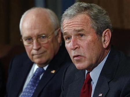 President George W. Bush (R) and Vice President Dick Cheney meet Joint Chiefs and Combatant Commanders in the Cabinet Room at the White House in Washington January 29, 2008. Voters in two Vermont towns on Tuesday approved a measure that would instruct police to arrest President George W. Bush and Vice President Dick Cheney for ''crimes against our Constitution,'' local media reported. REUTERS/Jim Young
