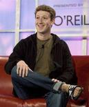 <p>Il fondatore di Facebook Mark Zuckerberg al summit Web 2.0 di San Francisco, Usa, nell'ottobre 2007. REUTERS/Kimberly White</p>