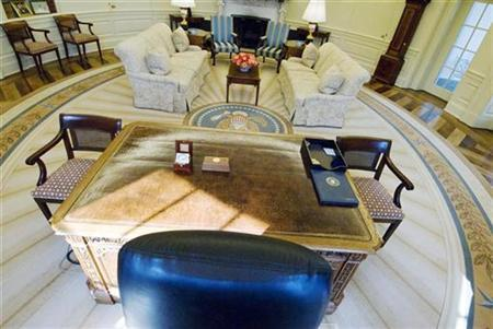 The Oval Office at the White House is seen from behind the president's desk in Washington February 29, 2008. REUTERS/Jonathan Ernst