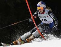 <p>Lindsey Vonn durante una gara. REUTERS/Pascal Lauener (SWITZERLAND)</p>