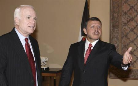 Jordan's King Abdullah (R) welcomes US Republican presidential candidate Senator John McCain in Amman March 18, 2008. REUTERS/Yousef Allan