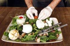 <p>Un piatto con mozzarelle di bufala REUTERS/Dario Pignatelli</p>